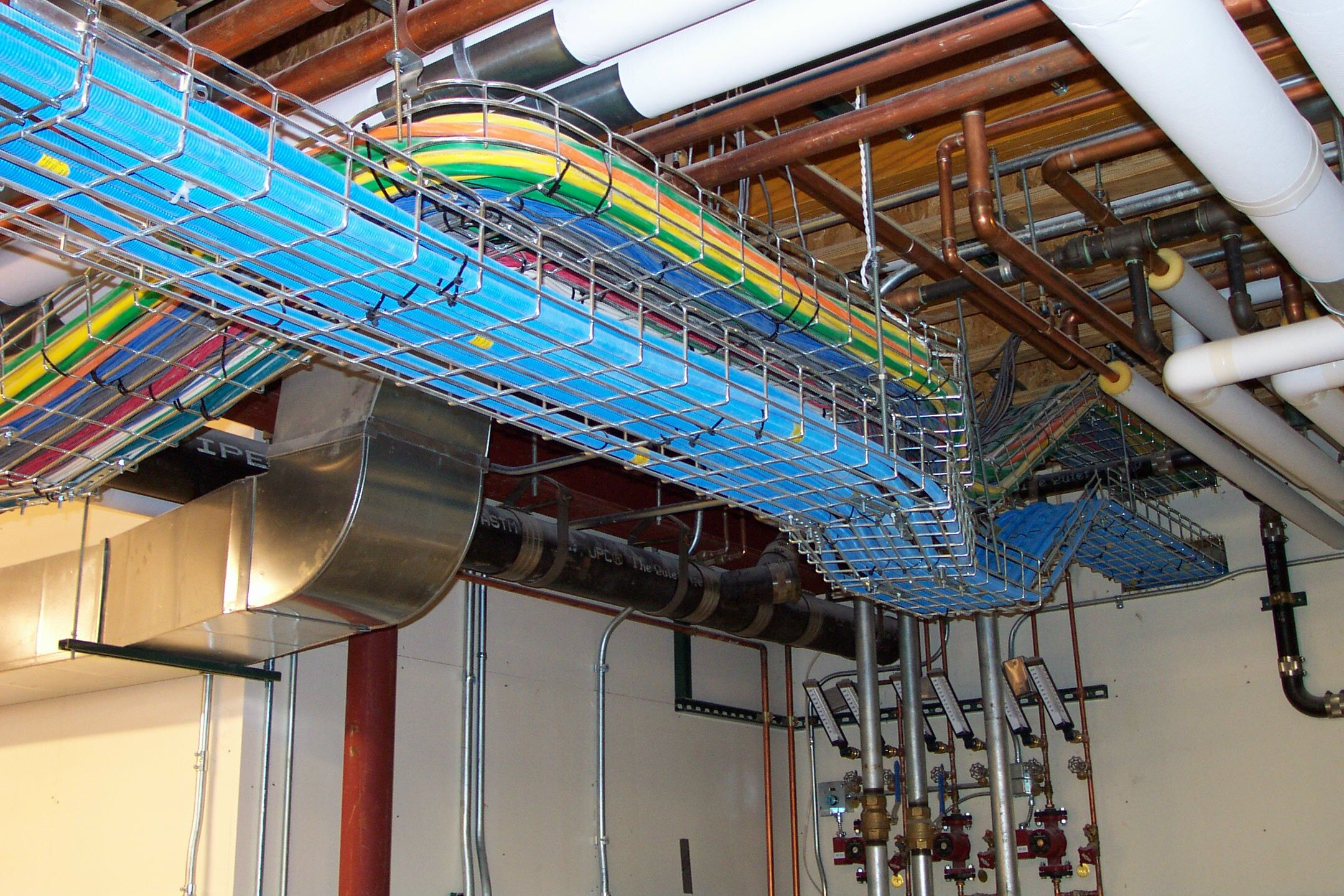 Power-systems-cable-tray