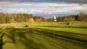 golf-course-1035432_640